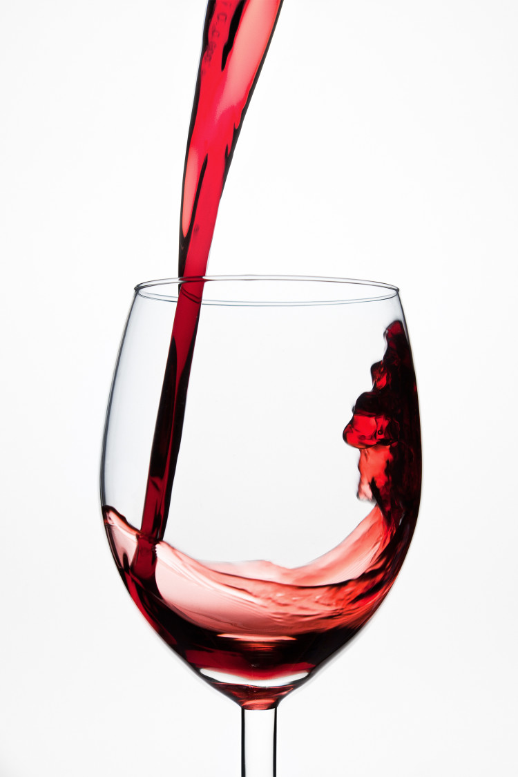a_glass_of_wine_01